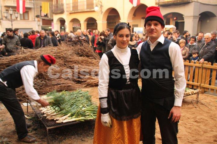 Participantes de la Fiesta de la Calçotada