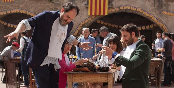 A ocho apellidos catalanes fan una calçotada