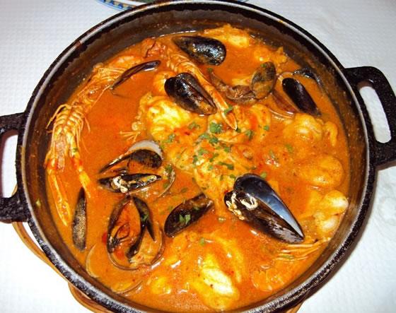 Salsa romesco, que és un plat calent del barrio pesquer del Serrallo, a Tarragona