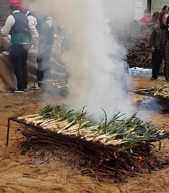 La Festa de la Calçotada marca l'inici del moment més fort de la temporada de calçots